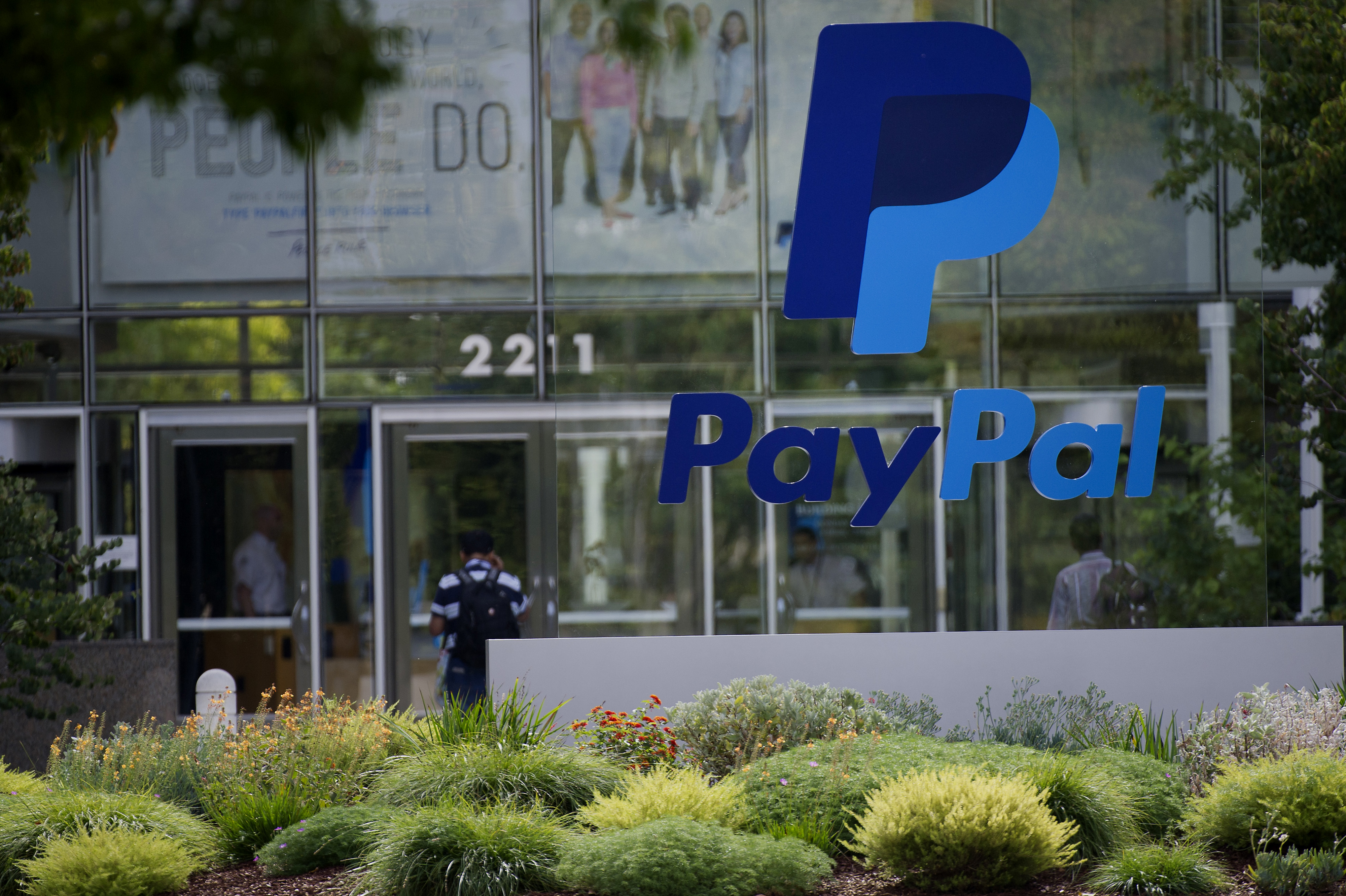 Design Bank Twist.Paypal Gives Citi A Consumer Twist For Gig Economy Clients