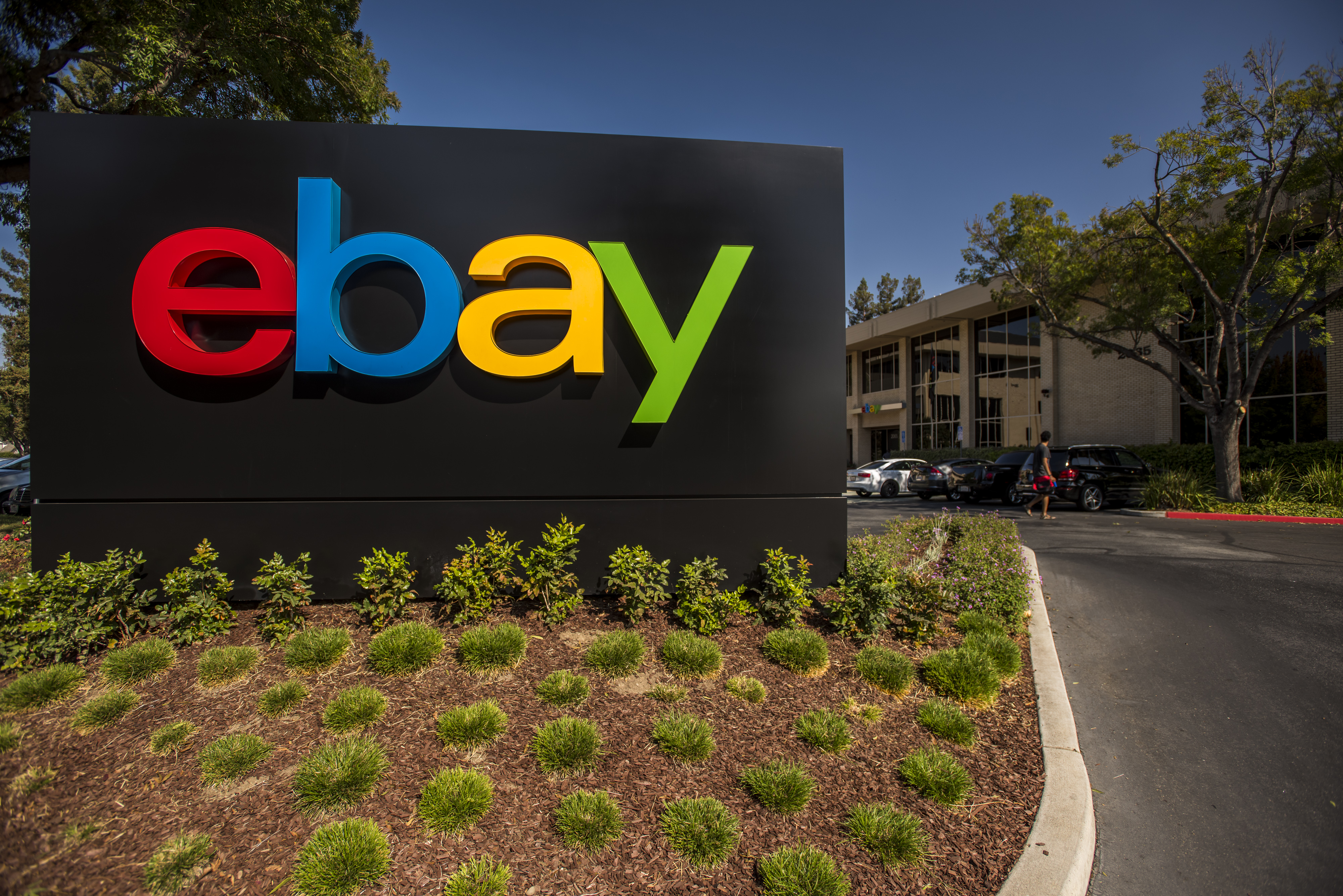 Ebay To Accept Apple Pay And Offer Merchant Loans With Square Paymentssource
