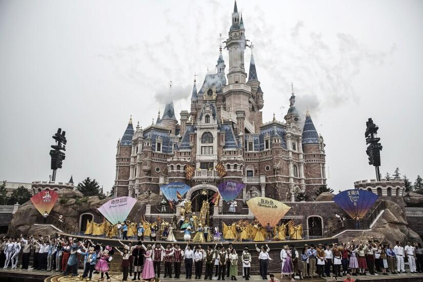 4 theme parks 4.jpg