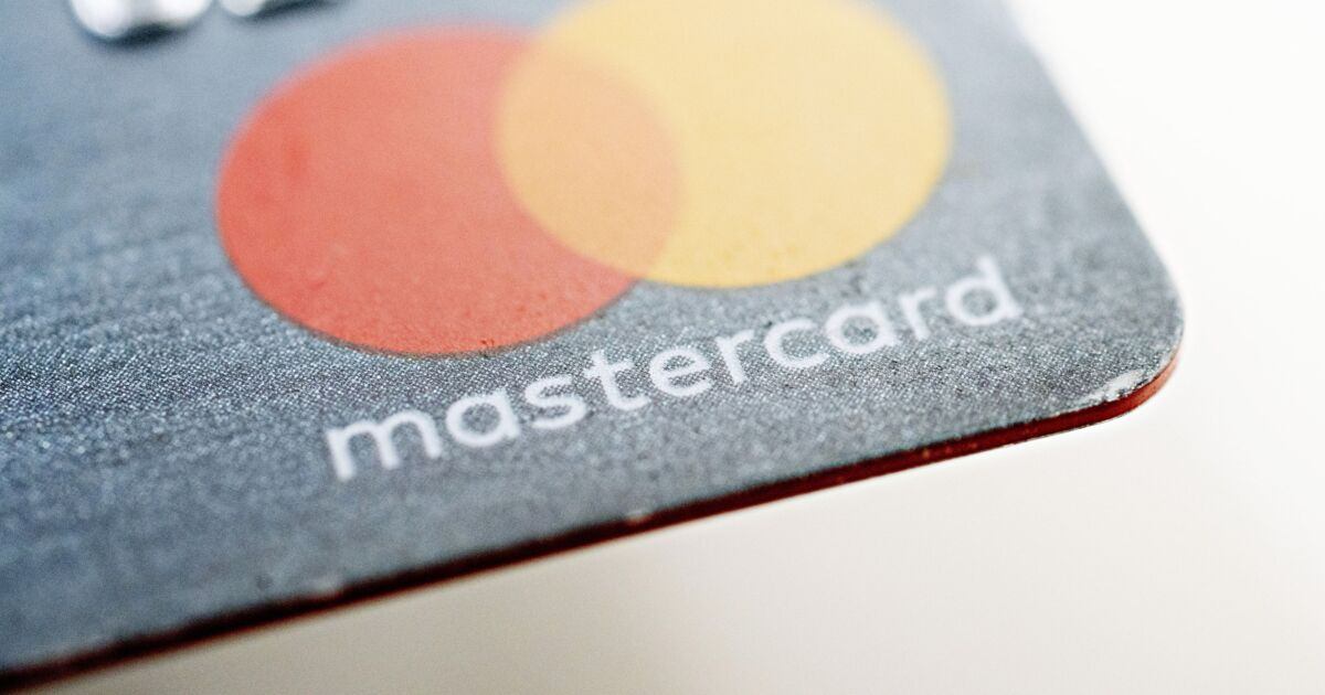Mastercard opens Apple Card digital-first card-issuing model to processors