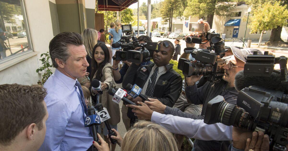 Poll finds narrow lead for $15 billion California...