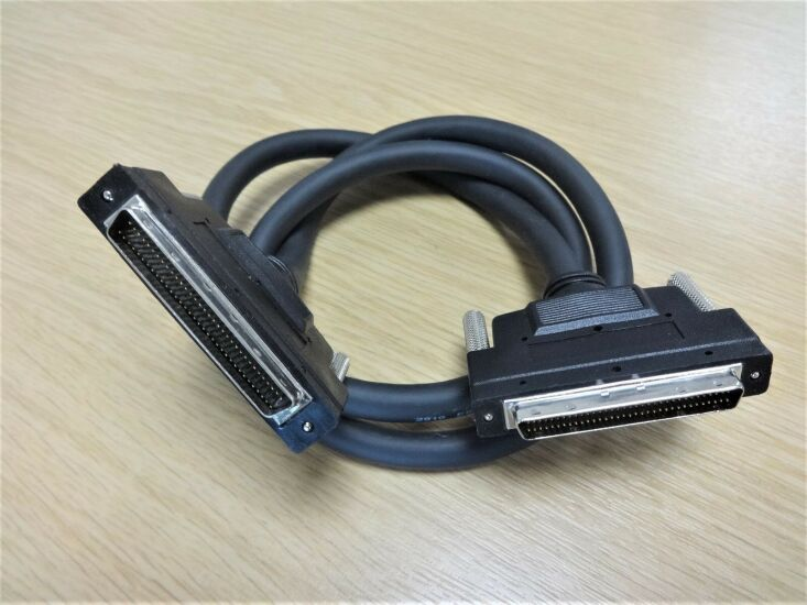 SCSI-cable.jpg