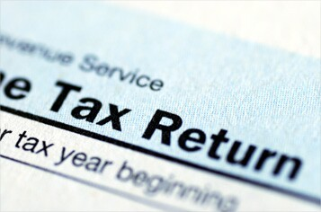 tax-form-fotolia.jpg