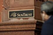 SunTrust Banks sign