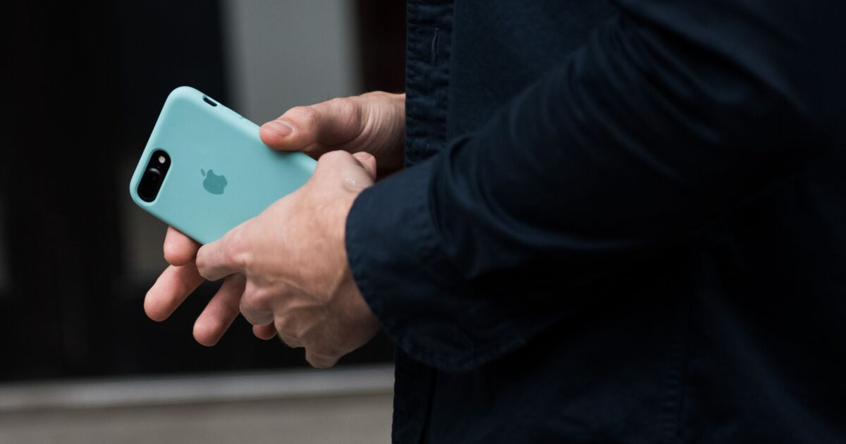 Apple buys Mobeewave, a  startup that can turn iPhones into payment terminals