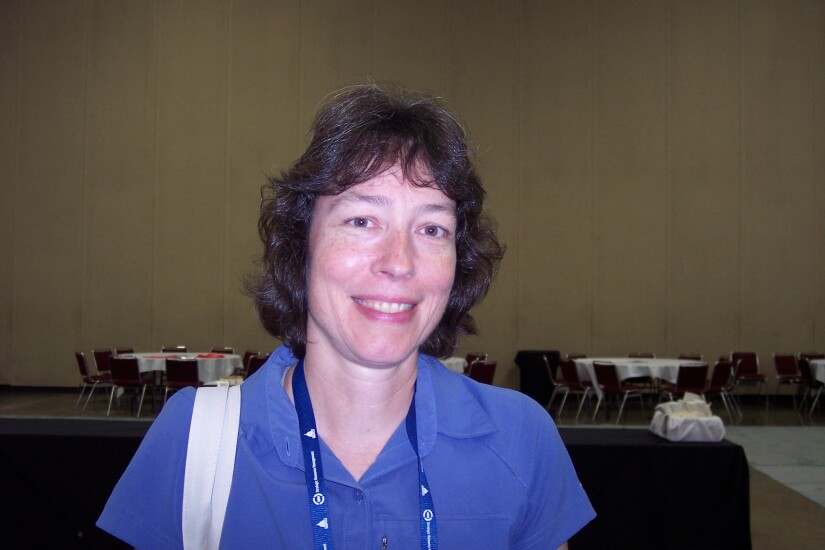 Linda Bodie, Element FCU - CUJ 062017.JPG