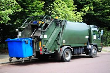 garbage-truck-fotolia-357.jpg