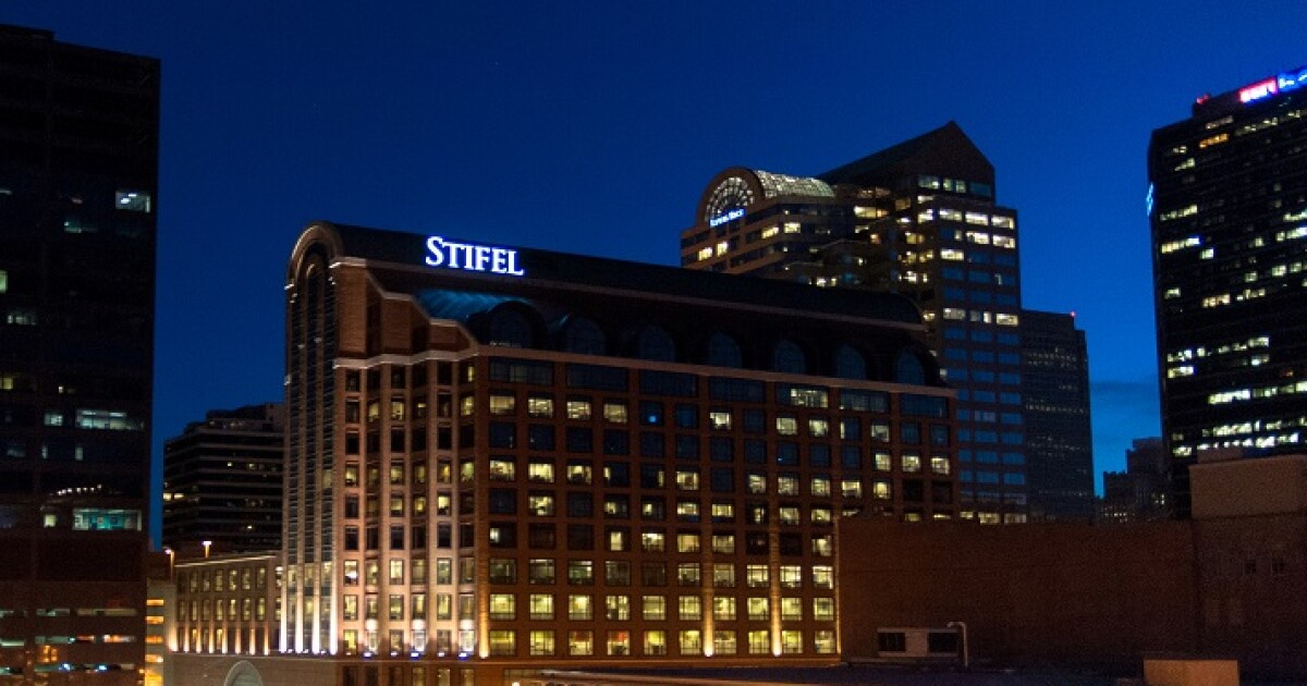 Stifel lures away another wirehouse executive