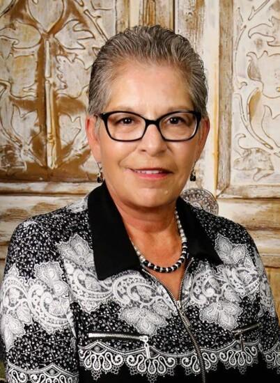 Donna Zapata.jpg