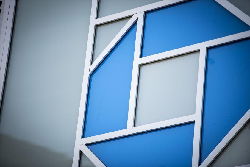 JPMorgan Chase will serve as Freddie Mac's financial adviser. Rival Morgan Stanley will advise Fannie Mae.