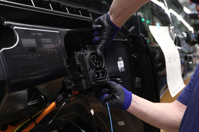 Bayerische Motoren Werke AG Electric Automobile Assembly Line