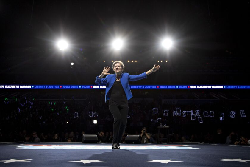 Senator Elizabeth Warren, a Democrat from Massachusetts and 2020 presidential candidate, speaks during the Iowa Democratic Party Liberty & Justice Dinner in Des Moines, Iowa, U.S., on Friday, Nov. 1, 2019. The Democratic presidential field will descend on Des Moines today for the last big party gathering in the state, where in fewer than 100 days caucus-goers will have an outsize say in deciding who the partys nominee will be. Photographer: Daniel Acker/Bloomberg