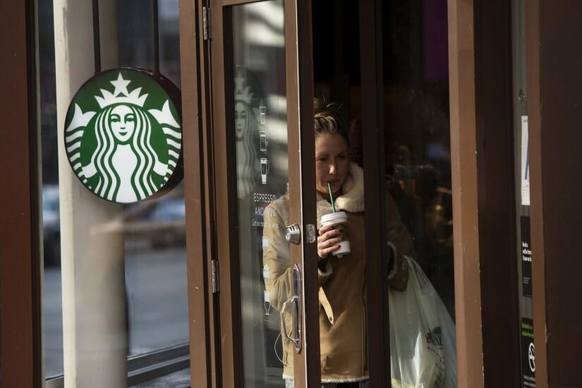 Starbucks.Customer.Bloomberg.jpg