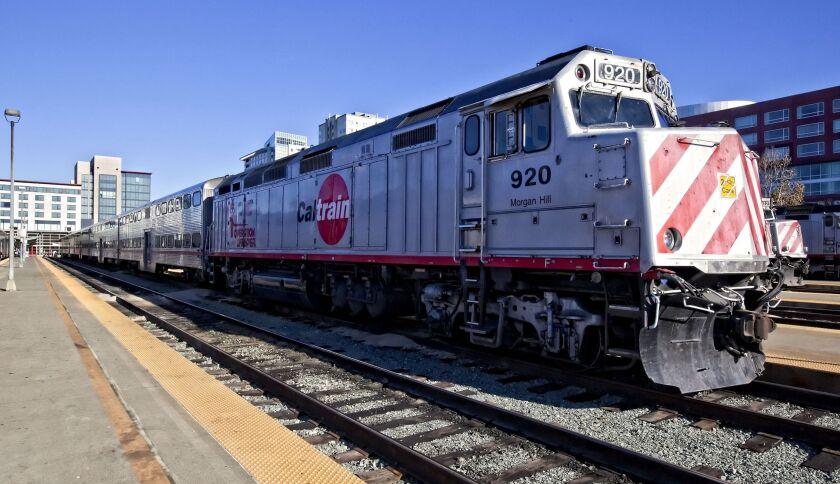 Caltrain train leaving San Francisco in 2009