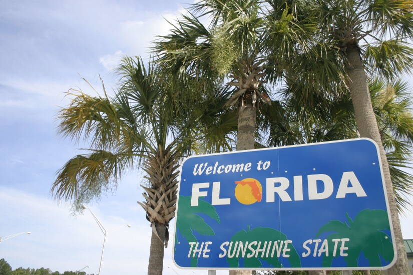 3-florida-welcome-sign.jpg