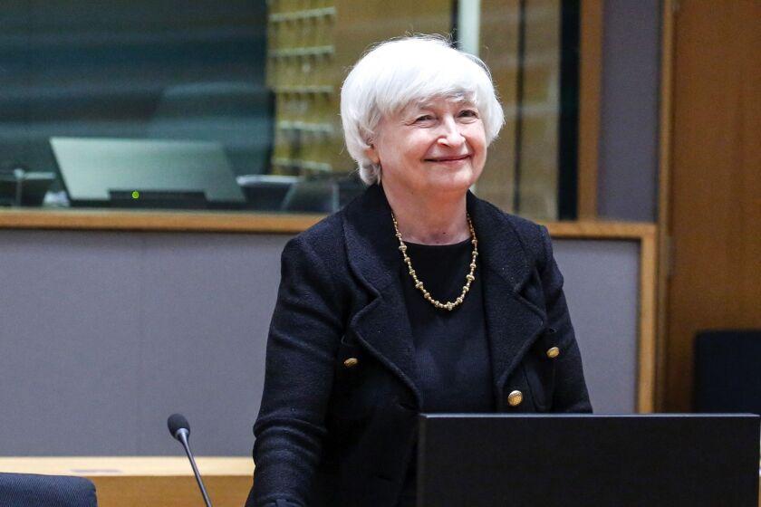 """""""Saya melihat janji dari teknologi baru ini, tetapi saya juga melihat kenyataan: cryptocurrency telah digunakan untuk mencuci keuntungan pengedar narkoba online, mereka telah menjadi alat untuk membiayai terorisme,"""" kata Menteri Keuangan Janet Yellen awal tahun ini."""