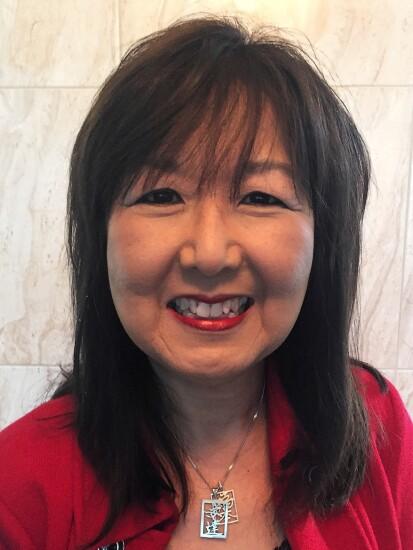 Diana Adachi, Accenture