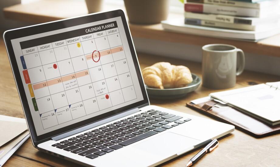 calendar planner on laptop