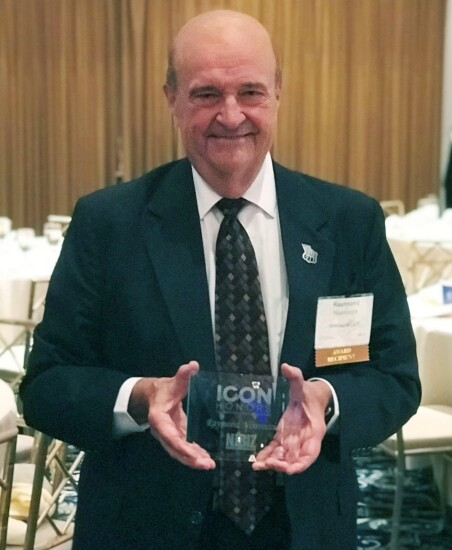 Raymond Nisivoccia, founding partner of Nisivoccia LLP, receives an awards at the NJBiz Icon Honors Celebration in 2018