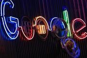 Google-sign-neon
