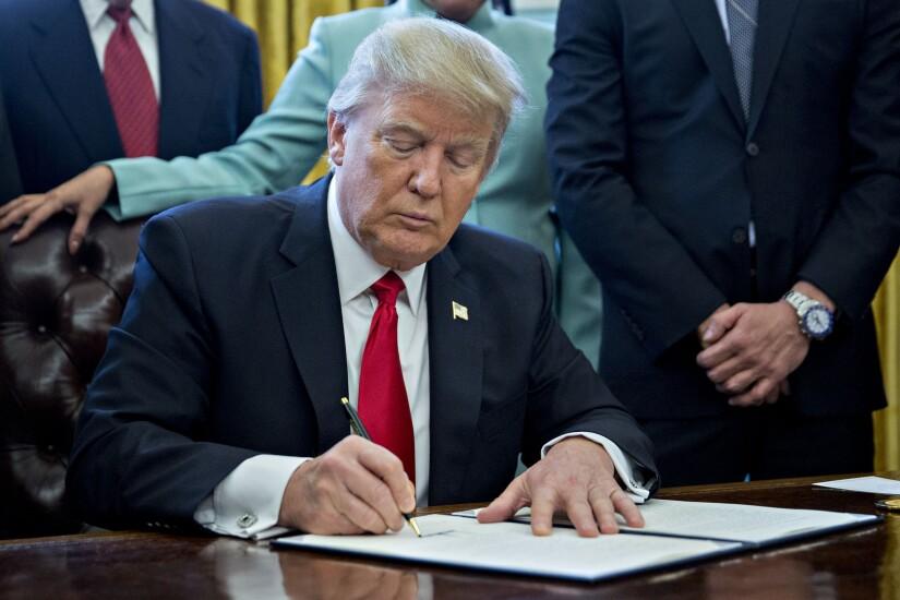 Trump.ExecOrder.Bloomberg.jpg