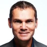Sivan Metzger Headshot_CEO of ParallelM.jpg