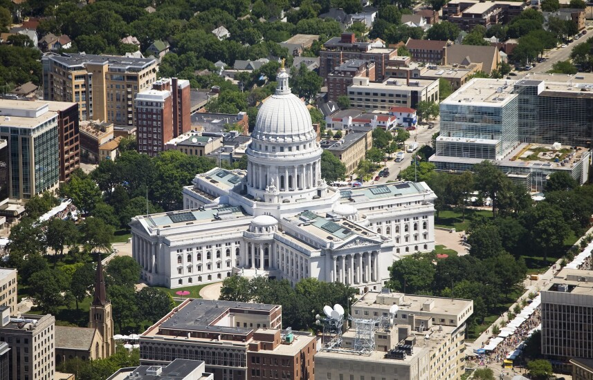 24 Wisconsin 24.jpg