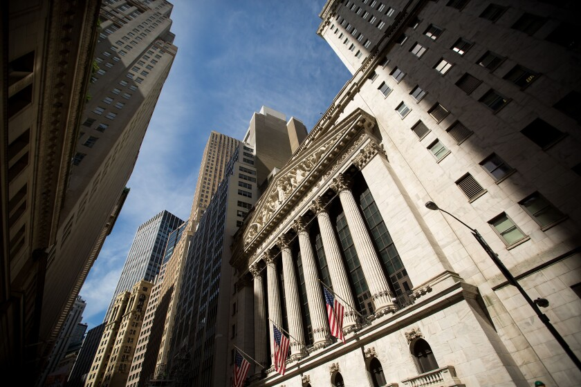 Although the S&P 500 has fallen 0.3% since the July 4 holiday, market-neutral momentum has posted its best four-day run since before Brexit, analysts report.