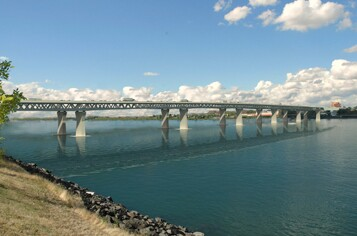columbia-river-crossing-photo.jpg