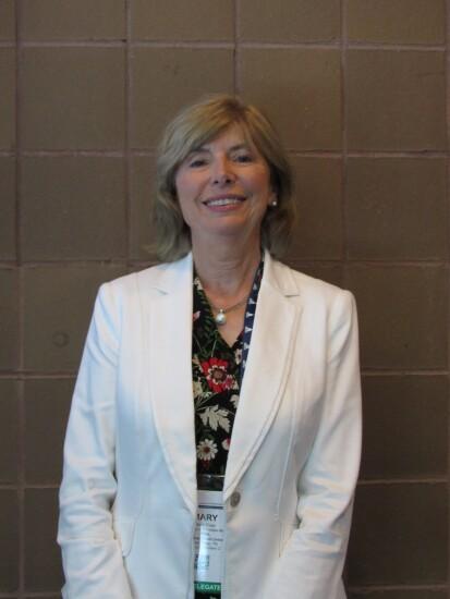 Mary Kiser, Ornl FCU.JPG
