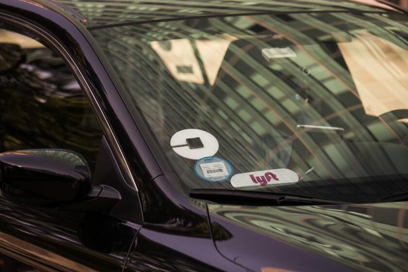 Uber Lyft Gig Workers_Blomberg