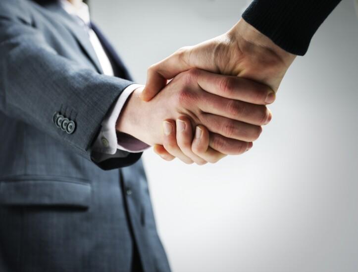handshake-40870257-adobe.jpeg