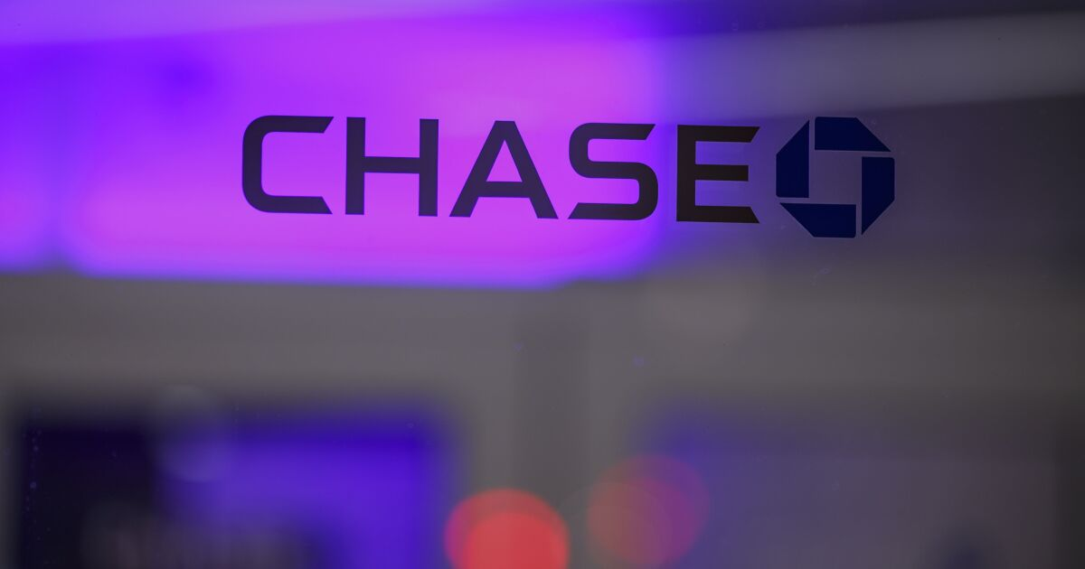 JPMorgan plans retail bank expansion abroad with U.K....