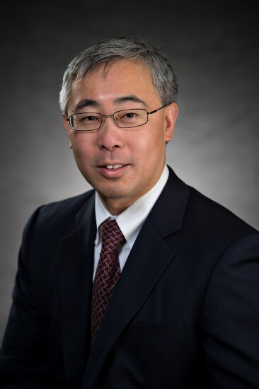 Vincent Hui specializes in strategic planning and leads the Merger & Acquisition and Risk Management practices for Cornerstone Advisors