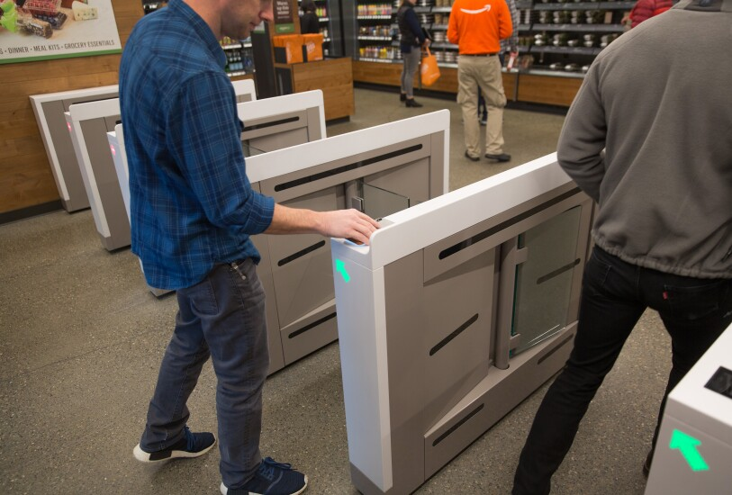Amazon Go glassgate turnstiles