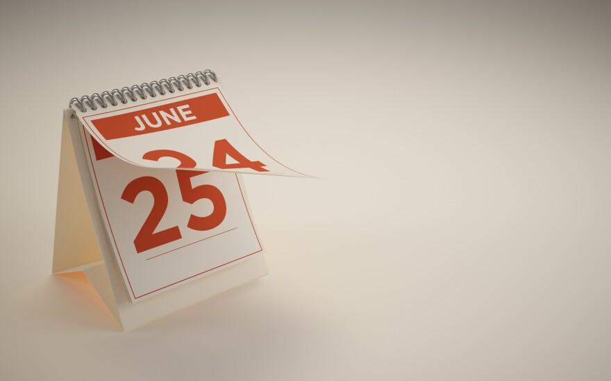 NMN041818-calendar-adobe.jpg