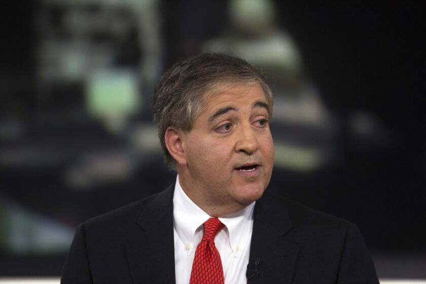 Manager Jeffrey Vinik was among veterans who rocked the more than $3 trillion industry this year by handing back capital to clients.