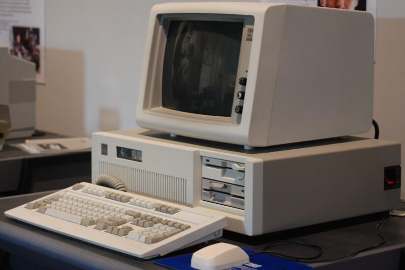IBM_PC_AT-1.jpg