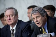 Sen. Mike Crapo, R-Idaho, and Sen. Sherrod Brown, D-Ohio