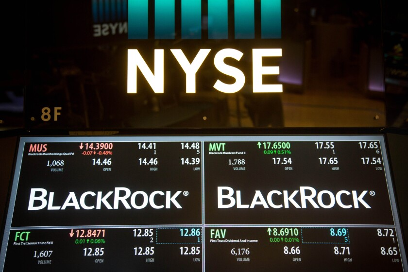 blackrock-nyse-symbol-trading-floor-bloomberg