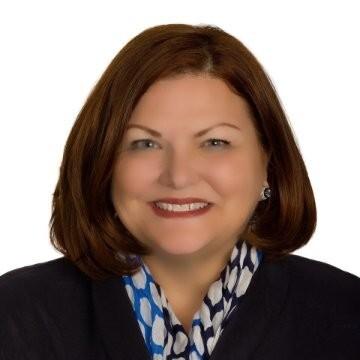 Karen Elinski (Wells Fargo).jpg
