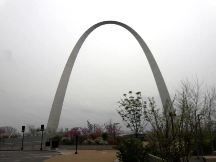 St Louis Arch - PSCU Member Forum 2018 - CUJ 042518.jpg