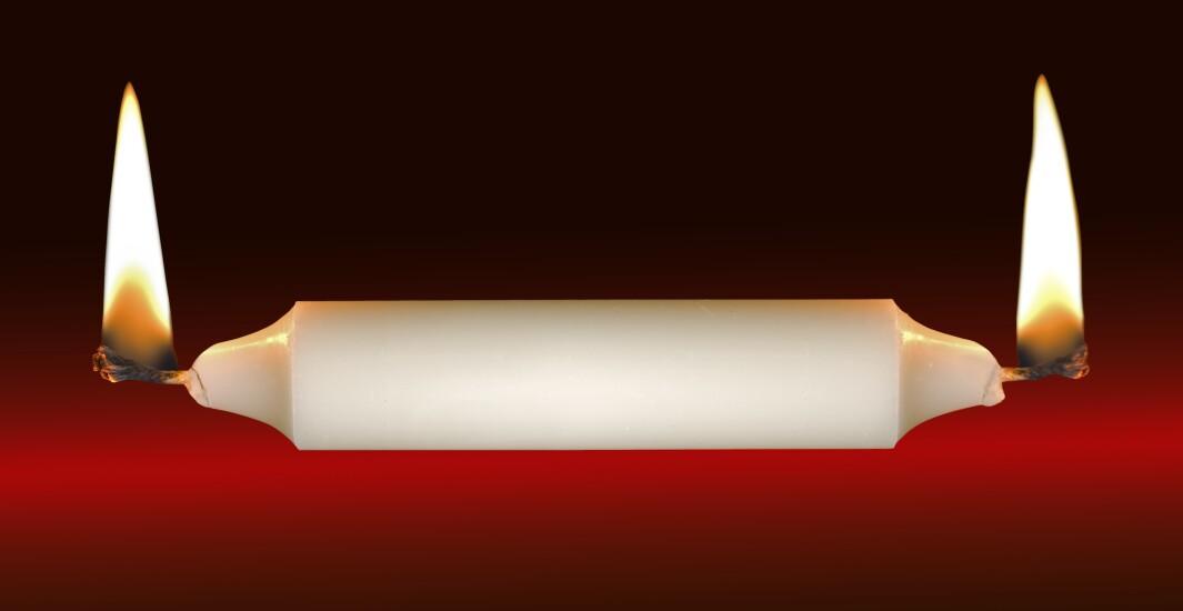 candle-burn-both-ends-11532673-adobe.jpeg
