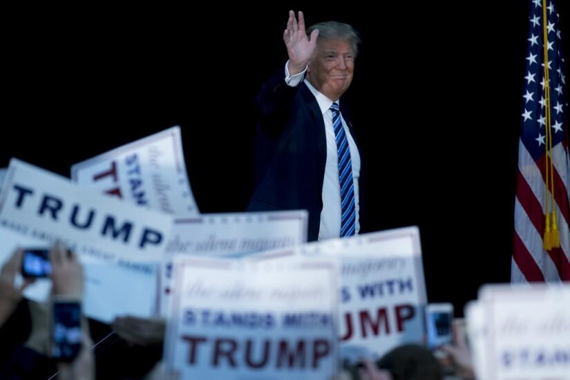 Trump.Bloomberg3.jpg