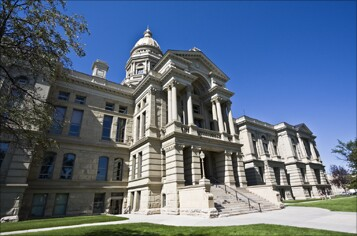 wyoming-state-capital-fotolia-357.jog