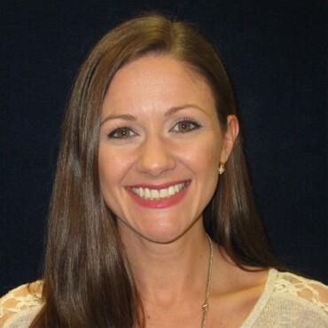 Amber Leskis, Robins Financial CU.jpg