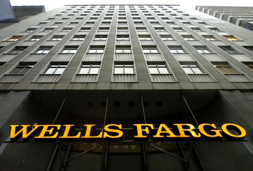 Wells_Fargo_Building_Bloomberg