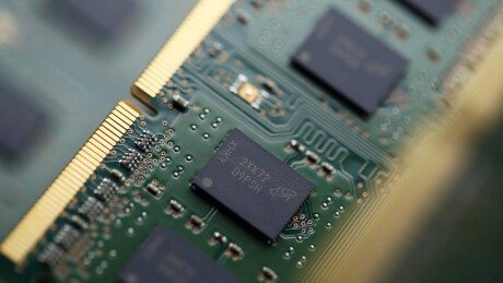 Micron Technology SDRAM chips