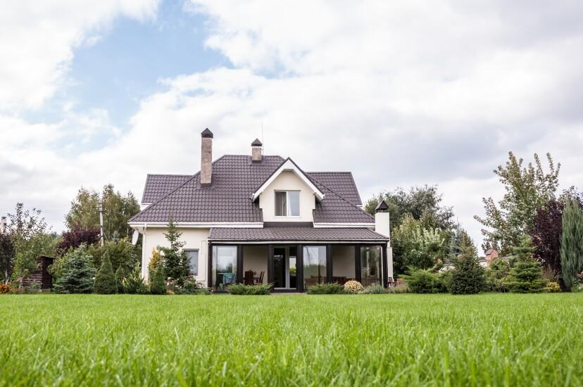 NMN031318-private-house-adobe.jpg